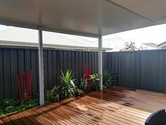 a flat patio in solarspan over deck