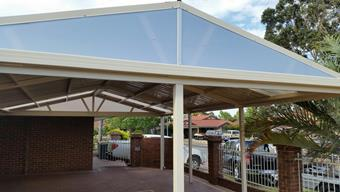 Gable patio with sunlite endfills