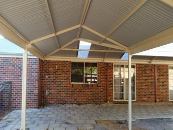 a L shape gable patio hip and valley