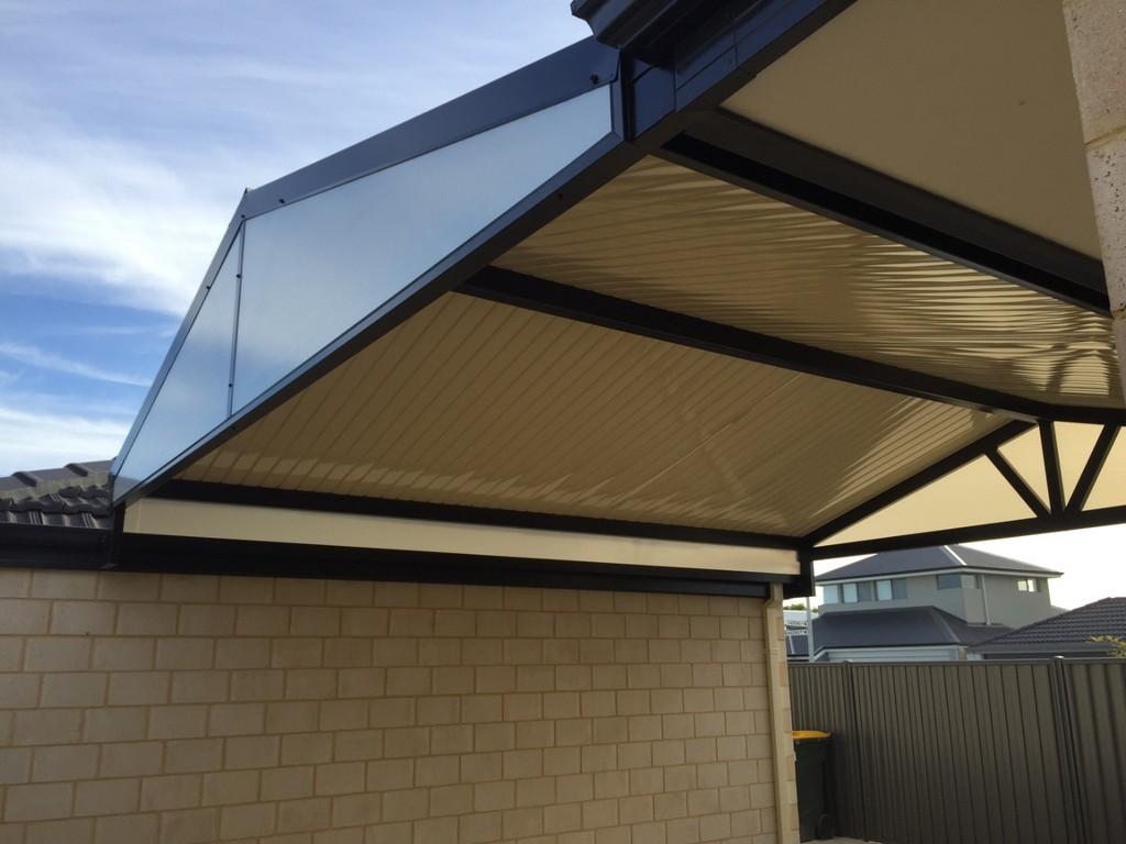 Patio roofing options home dzine garden roof options for a for Home roofing options
