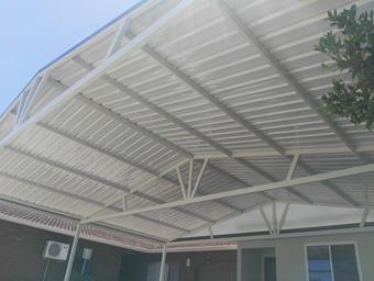 a full truss double gable carport