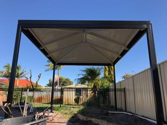a free standing hipend patio with cdek