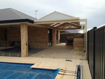 Gable patio, BBQ and Pool, perfect for entertaining geusts